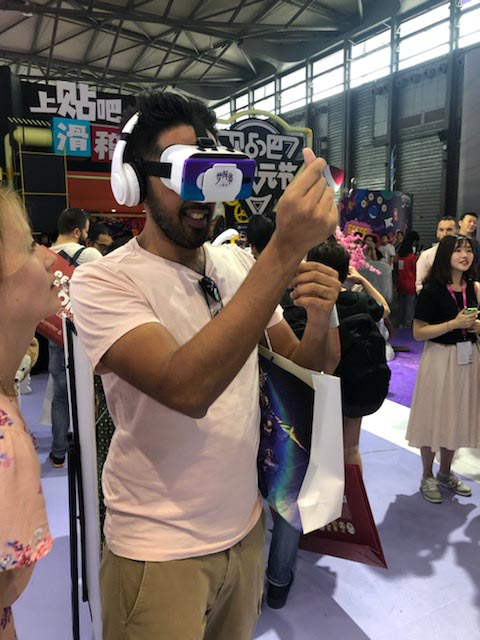 VR互动备受海内外关注 《梦间集天鹅座》CJ大放异彩